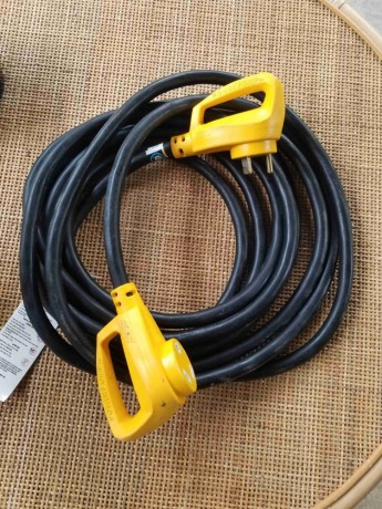Camco 55191 25 Powergrip Heavy Duty Outdoor 30 Amp Extension Cord